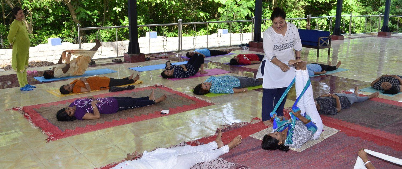 yoga teacher trainng